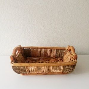 Wicker and wood brown tray
